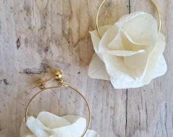 Ivory white stabilized flower earrings - gold with 24k fine gold - Wedding jewel