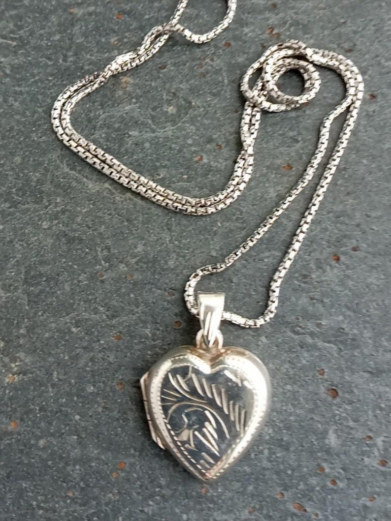 Vintage Heart locket,Sterling Silver Heart Locket Necklace,Vintage Locket,Gift for her,Silver Heart Locket,Gift for Girlfriend