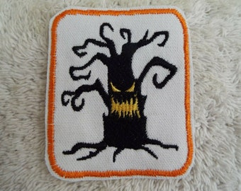 Sew-On Gear Tag Applique Demon Hunter Gaming Toon Embroidered Patch Iron