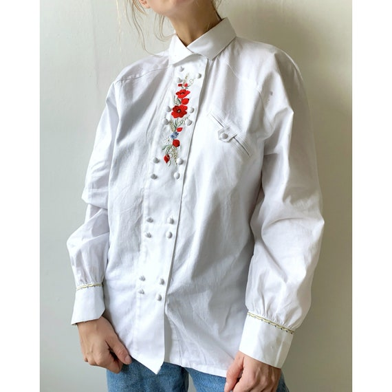 Vintage deadstock white cotton blouse with embroid