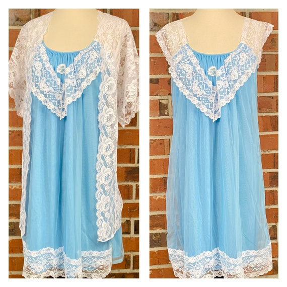 Vintage 1950s Size L Baby Blue and White Lace Peig
