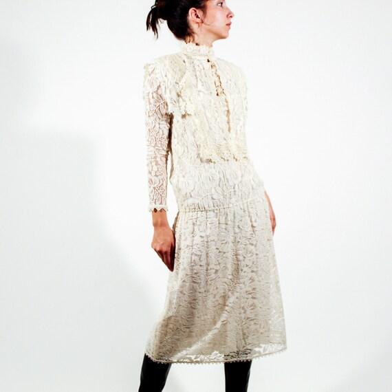 Vintage 80s Jessica McClintock Size 6 lace gown - image 2