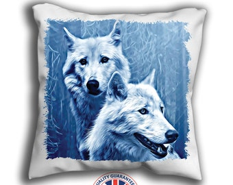 Hmihilu Wolf in Snow Throw Pillow