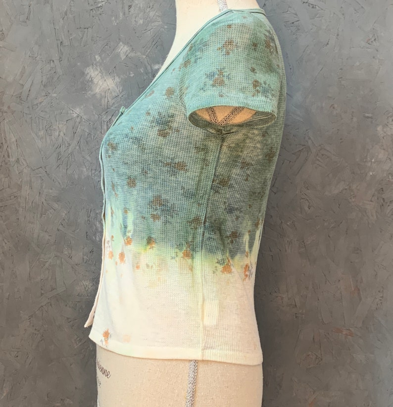 THRIFTED /& UPCYCLED Boho Blouse  Tie Dye Boho Top  Cute Floral Tie Dye Top  Floral Tie Dye  Green White Tie Dye  2000/'s Tops  Y2K Top