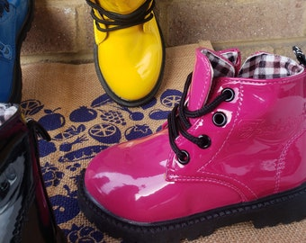 The Candy Boot In Dark Fuchsia Pink