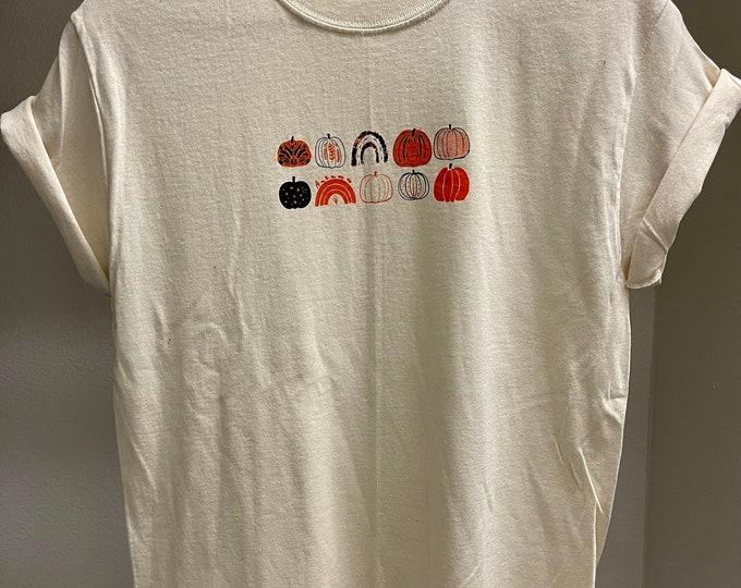 100% Cotton, Pumpkin Shirt, Screen Printed by Hand, Handmade Short Sleeve Printed T-Shirt, Halloween Shirt, Fall Shirt, Minimalist Shirt