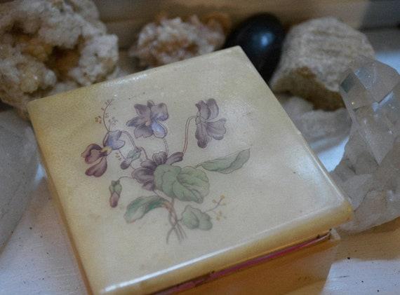 Iris ringbox