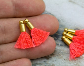 Tiny Tassel Pendant 2cm Indigo Mini Gold Cap Tassel Earring Bracelet Tassel Crafting Jewelry Supplies  T20GRC#76 2pcs Cotton Tassel