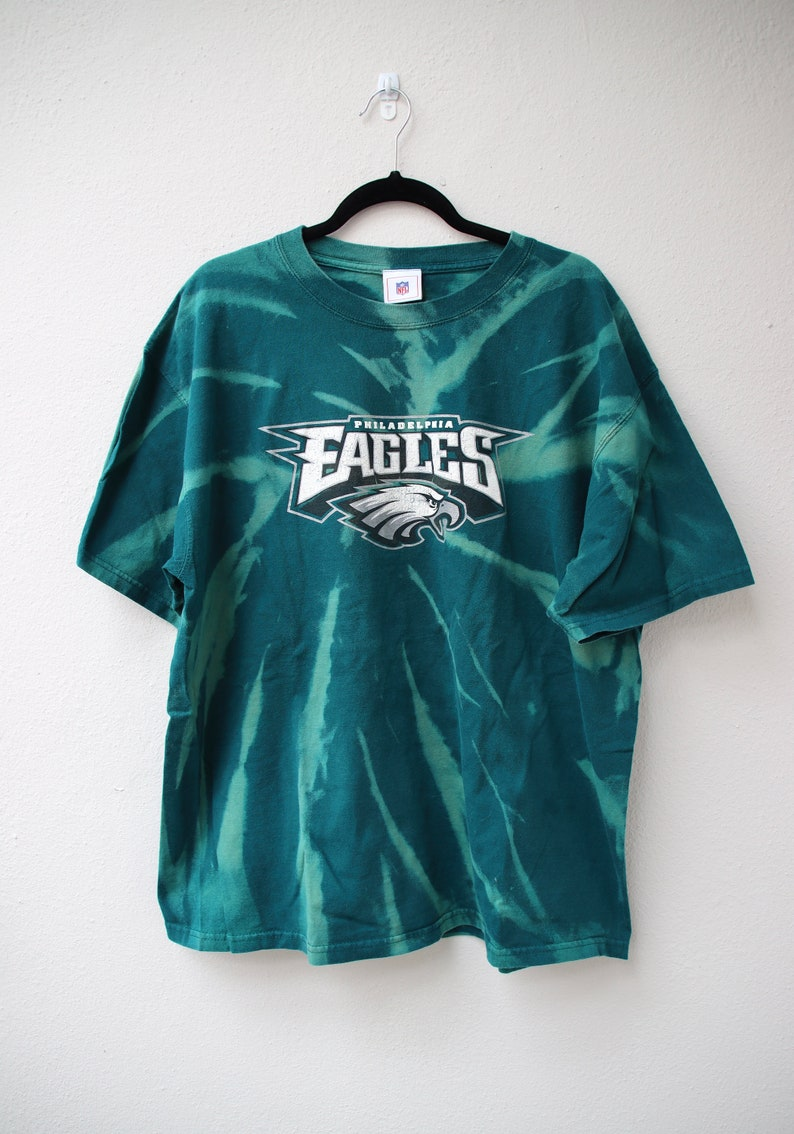 Textured Philadelphia Eagles Graphic T-shirt XL
