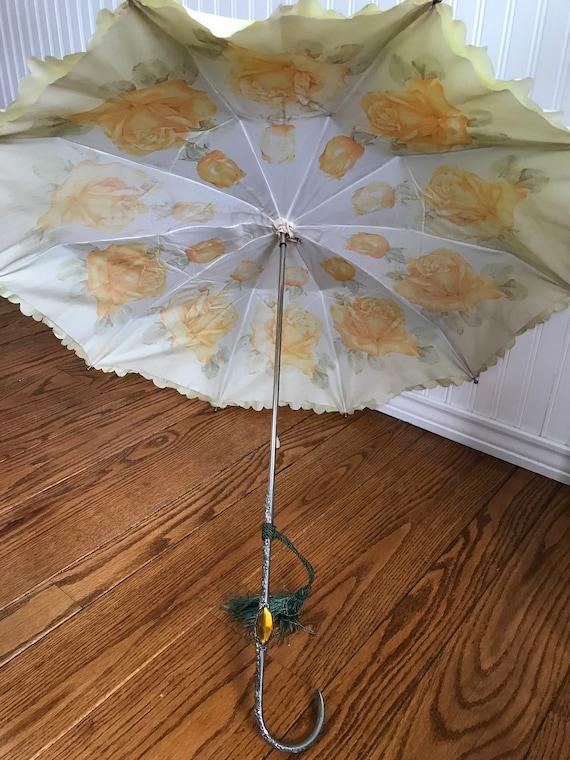 Darling Vintage Parasol