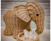 Wicker elephant storage basket for sweets and fruits, woven elephant gift decor basket, beige elephant woven plant pot