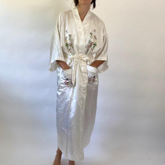 vintage embroidered silk robe - image 2