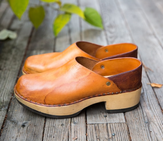 Vintage 1970's Multnomah Leather Wooden Clogs Hand