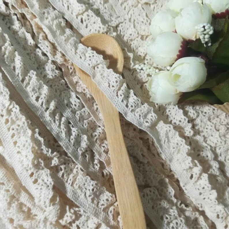 1Yards New Elastic Lace Fabric Crafts Materials Guipure Beige Lace Ribbon 1.5cm Elastic Cotton Lace Trim Sewing Accessories RG34