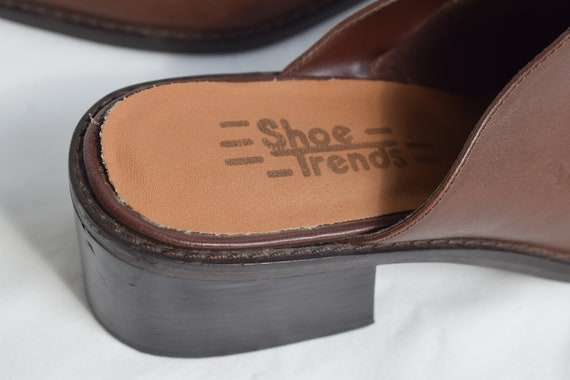 Vintage 90's Brown Leather Mules 7.5 |  1990's Br… - image 4