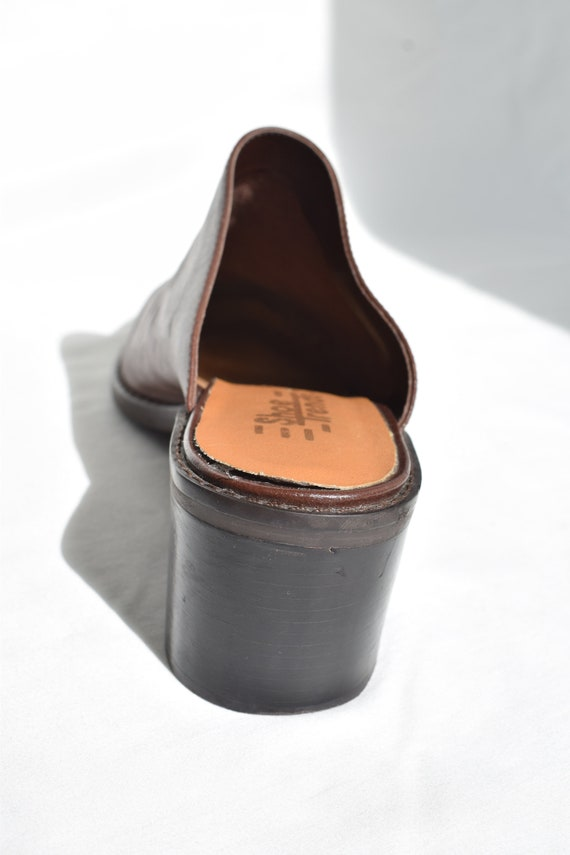 Vintage 90's Brown Leather Mules 7.5 |  1990's Br… - image 9