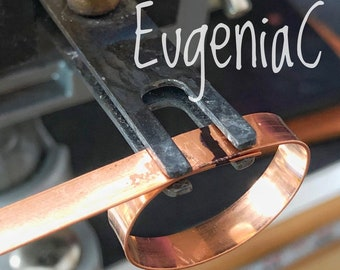 Bezel Soldering Clamp or Grip in Titanium - Unique Multi-Use Jewelry tool for BOTH soldering and cutting straight ends for bezel wires