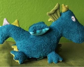 Paper cut pattern with instructions from the dragon, sewing pattern & instruction, cuddly toy, sewing,