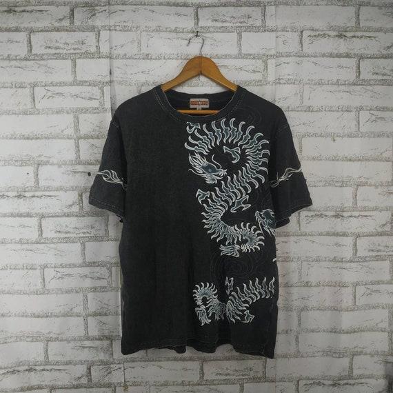 Vintage Art Dragon Shirt. #L