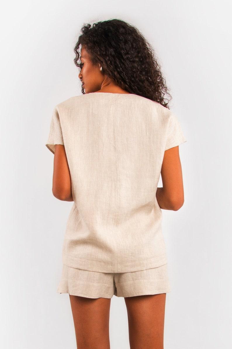Voluminous linen blouse t-shirt Beige