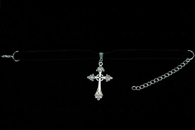 Size Silver Gothic Cross Small 30cm+ Black Velvet Choker