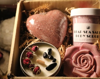 Fresh Cut Roses Gift Bundle / Candle Gift Set / Bath Bomb Bundle / Bath Product Gift Box