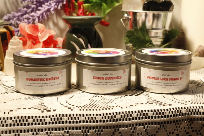 Valentine/'s Day Gifts 100/% Soy Wax Scented Wax Gifts for Her Romantic Decor Love Candles Roses Romantic Nights Soy Candle Tin 8oz