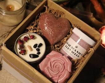 MANIFESTING LOVE Rose Gift Bundle / Candle Gift Set / Bath Bomb Bundle / Bath Product Gift Box