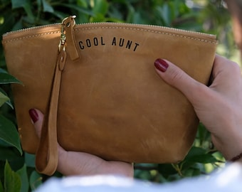 Gifts For Aunt, Aunt Gift, Custom Leather Makeup Bag, Cool Aunt, Best Aunt Ever, Funny Aunt Birthday, Personalized Aunt Gift, New Aunt Gifts