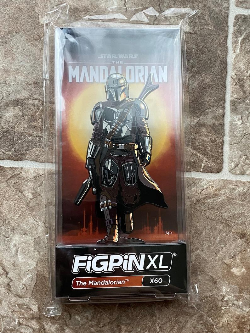 XL Figpin The Mandalorian
