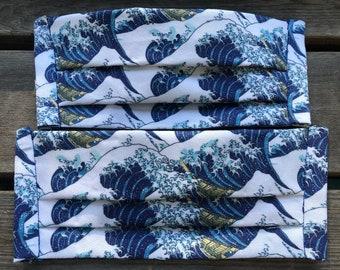 The Great Wave off Kanagawa (Iris Luckhaus hybrid cloth mask)