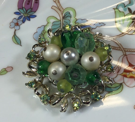Vintage Coro brooch, silver tone green rhinestone… - image 2