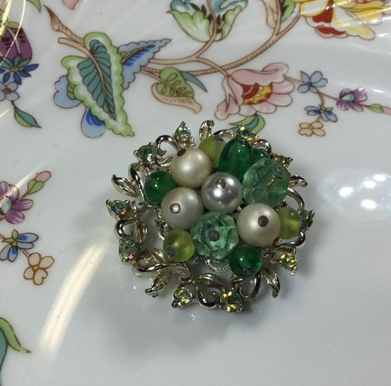 Vintage Coro brooch, silver tone green rhinestone… - image 7