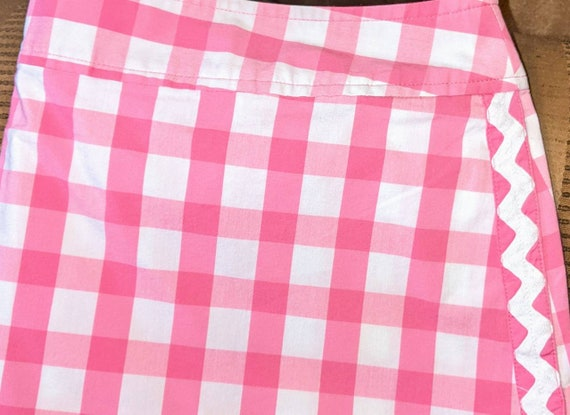 Lilly Pulitzer gently used pink gingham skort.