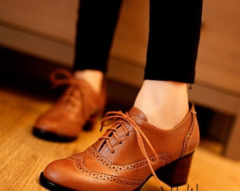 Women's Pump Shallow Brogue Shoe, Vintage Chunky Heel Cut Out Oxford Shoes, Woman Lace Up, Female Fashion, Elegant Ladies Short Boot
