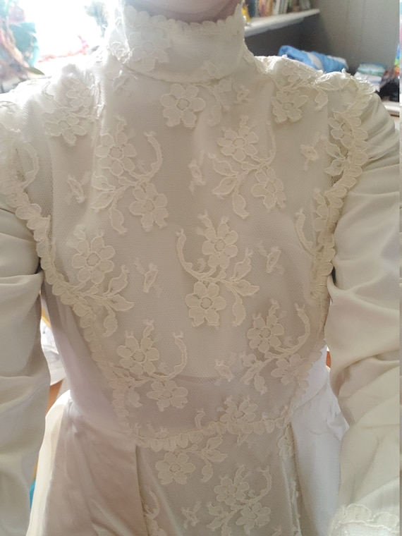 Vintage petite Wedding Dress