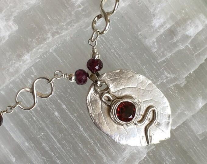 Natural garnet collar and silver .999