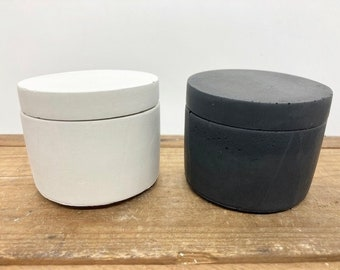Concrete Salt and Pepper Cellar Set with Lid, Salt and Pepper Pinch Bowl, Kitchen Gifts, Modern Home