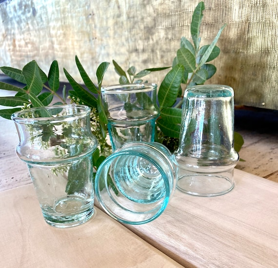 Lot of 6 puffed Beldi transparent glasses, tea glasses, coffee or water. Marrakech glasses, Moroccan glasses, decoration, table art