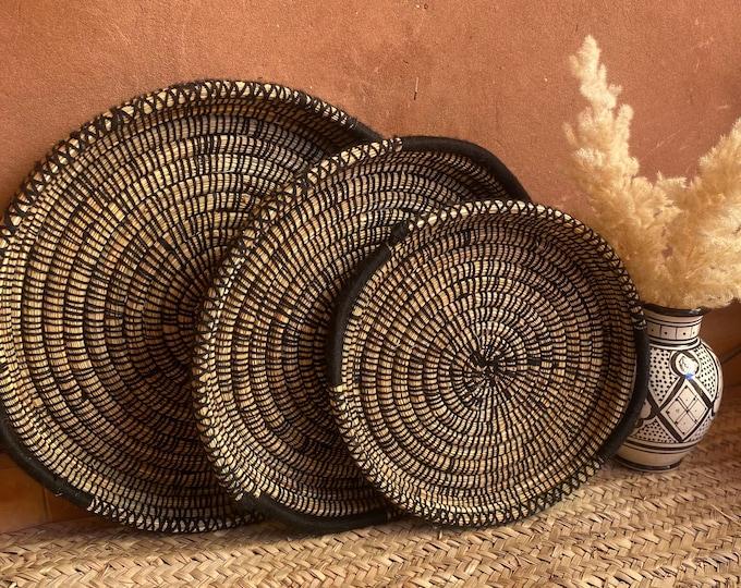 Berber basket/tray in wicker and black wool, Berber wall decoration,