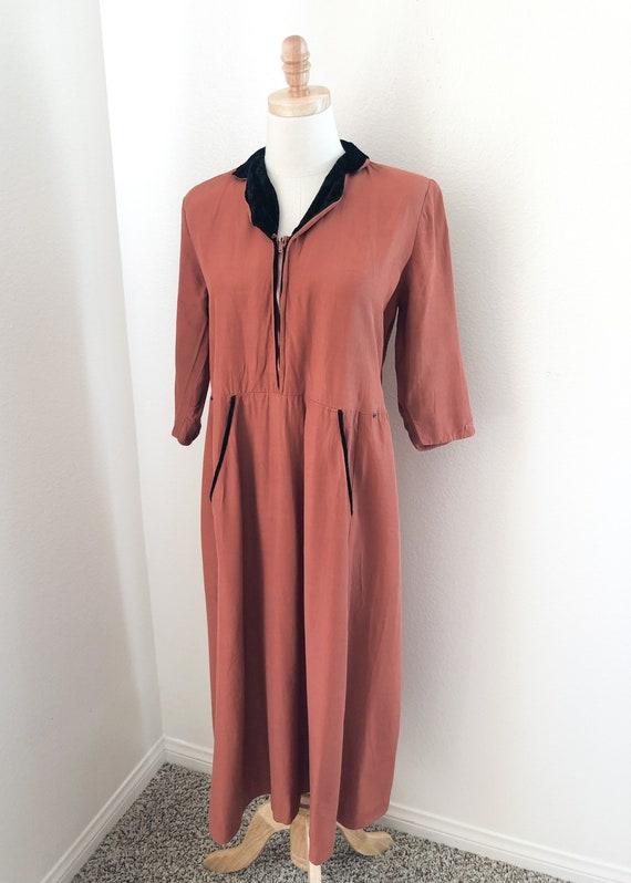 1940's Pink Robe Dress - image 3