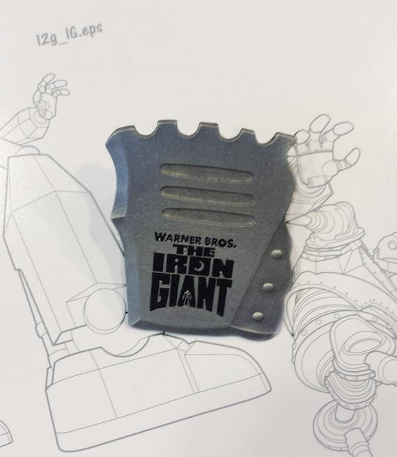Iron Giant Toy Fair Promo Pin Set