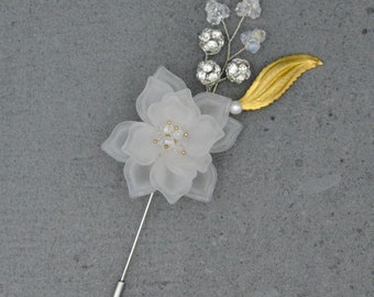 Claire Wedding Boutonniere with Flower-White
