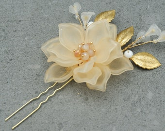Claire Wedding Hairpin with  Flower-Soft Peach