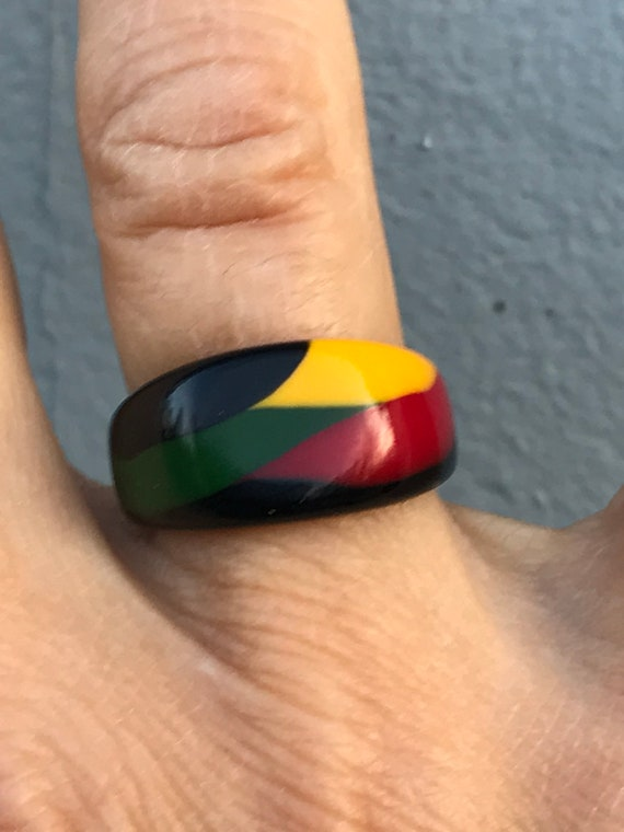 Vintage 90s Resin Plastic Ring Commemorates Philad