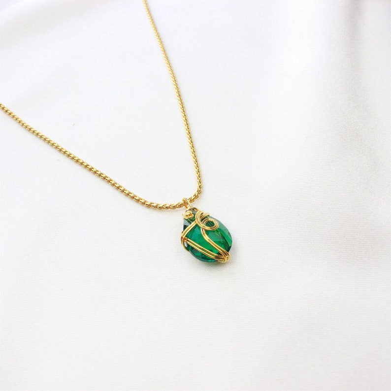 Emerald Green Necklace I Gold-plated Necklace I Handmade I Natural Stone Necklace I Gold Necklace I Drop Necklace I Mother/'s Day Gift