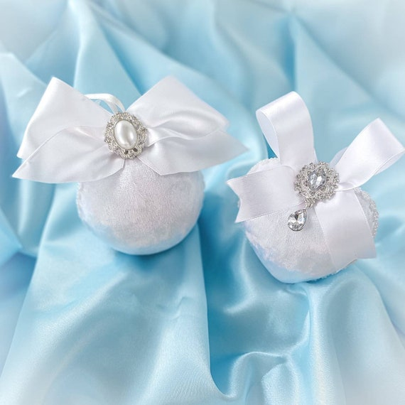 Velvet Christmas ornaments set of 2 handmade vintage white baubles with satin bows, rhinestones, pearls, Victorian decorations