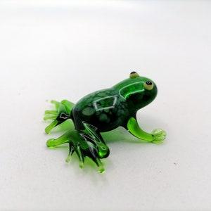 Reptile Frog statue pond frog figurine Rainforest Frog resin frog figurine Frog family Figurine Frog Figurine