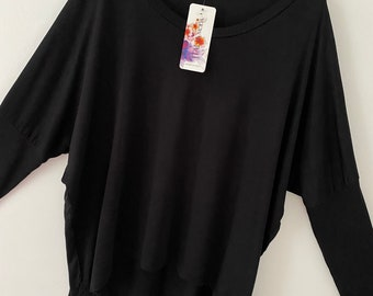 Made In Italy Loose Batwing Lagenlook Oversized off the shoulder top Size 10-16