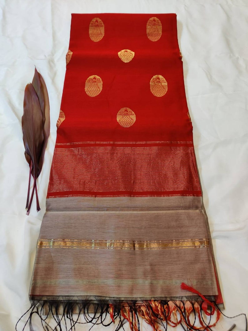 Kalash Buti light weight Cotton Silk Maheshwari hand woven Saree with pico fall and Blouse Stitching for casual wear